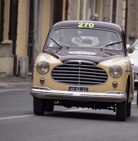 alger: Moretti 750 S berlinetta Alger le Cap 1953 Editoriali