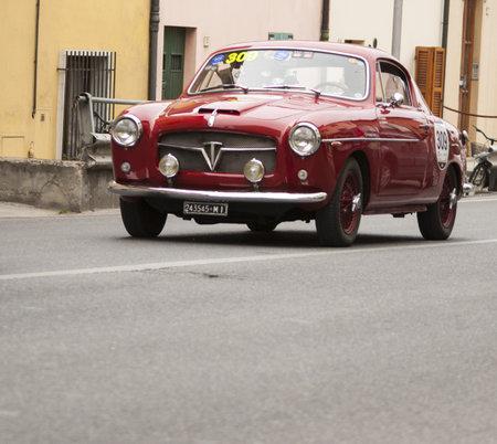 FIAT 1100 103 TV coupé Pinin Farina 1954  Editorial