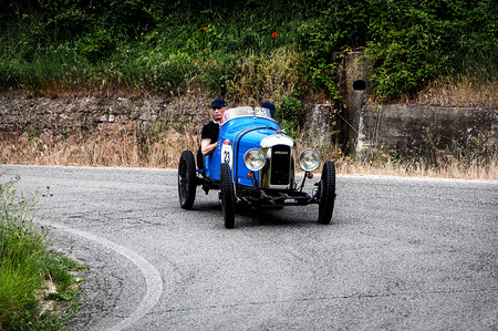 cars race: AMILCAR CGSS spider 1926