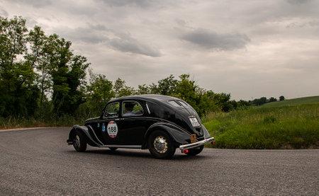 mille: mille miglia 2015 LANCIA Aprilia Berlina 1500 1949