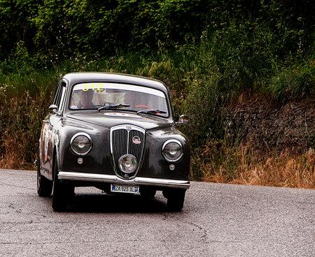 mille: mille miglia 2015 LANCIA Appia 1954