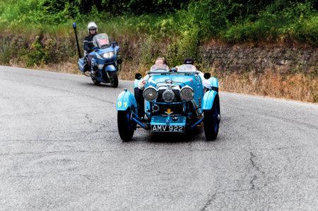 mille: history race car mille miglia 2015 ASTON MARTIN Le Mans 1933