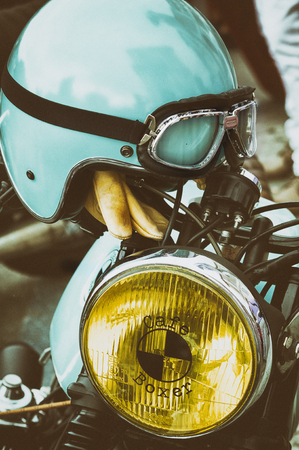 blissfulness: old helmet and old bikers