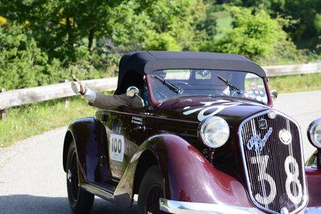 ALFA ROMEO 6C 2300 PESCARA SPIDER 1935 on an old racing car in rally Mille Miglia 2018 the famous italian historical race (1927-1957) Redakční
