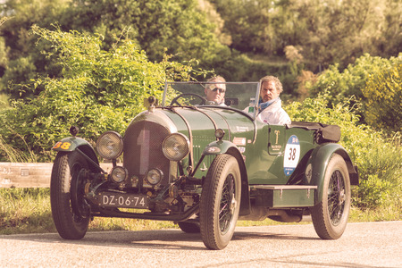 PESARO COLLE SAN BARTOLO , ITALY - MAY 17 - 2018 : BENTLEY 3 LITRE 1923 on an old racing car in rally Mille Miglia 2018 the famous italian historical race (1927-1957) Editoriali