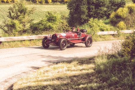 PESARO COLLE SAN BARTOLO , ITALY - MAY 17 - 2018 :ALFA ROMEO 6C 1750 GRAN SPORT 1931 on an old racing car in rally Mille Miglia 2018 the famous italian historical race (1927-1957) Editoriali