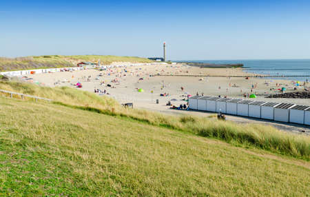 Westkapelle, The Netherlands, August 2019. The beaches of this location are wide and clean: on a beautiful sunny summer day a lot of people enjoy the sea. Stockfoto