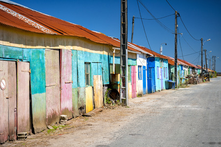 Ile d'Oleron. Colored huts of oyster farmers. Charente Martime, France Standard-Bild