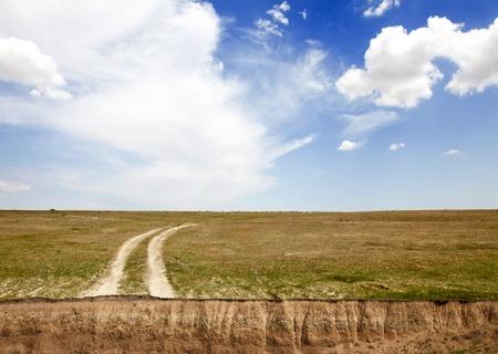 breakage: Carretera del pa�s, roturas y nubes hermosas