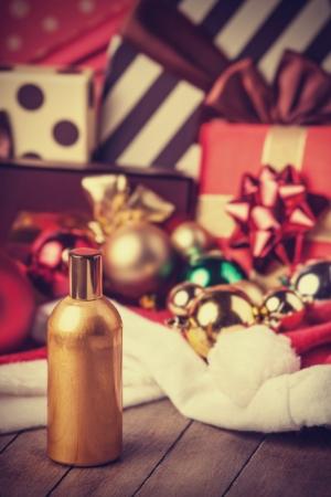 christmas perfume: Perfume and christmas gifts