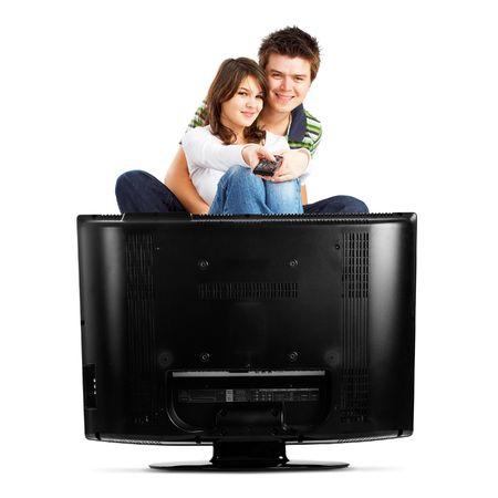 Couple watching TV - front view - isolated on white Banque d'images