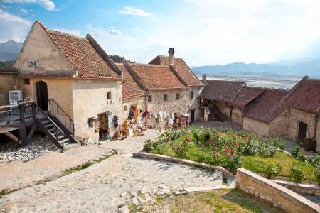 teutonic: Rasnov cittadella � stata costruita intorno all'anno 1215 dai Cavalieri Teutonici, vicino a Brasov, Romania