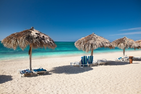 playa:  Beautiful tropical  beach at the Caribbean island with white sands and  stunning turquoise waters. Cuba