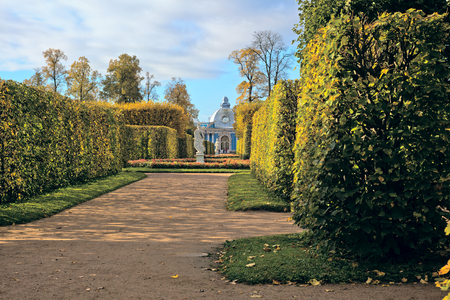 Alley and the Grotto in the park of the Catherine Palace