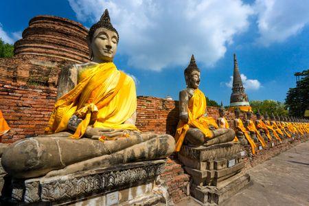 prayer tower: Rovinato il vecchio tempio di Ayutthaya, in Thailandia,