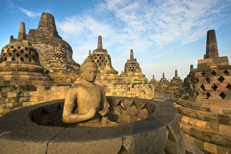 Myanmar: Temple de Borobudur au coucher du soleil. Yogyakarta, Java, Indon�sie.