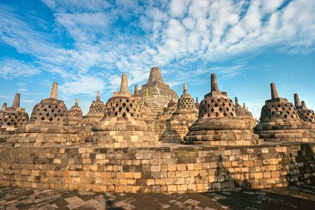 Templo de Borobudur al atardecer. Yogyakarta, Java, en Indonesia.  Foto de archivo