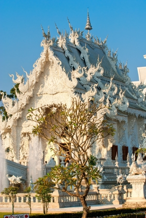 White Temple in Chiang Rai, Thailandia Stock Photo - 17646632