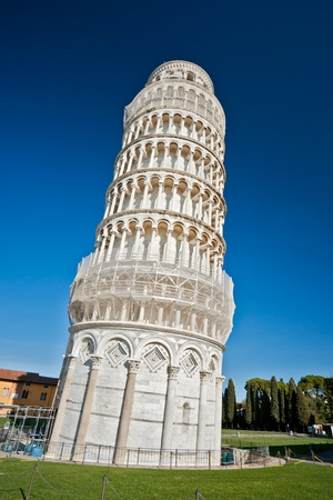 Pisa, Piazza dei miracoli, with the Basilica and the leaning tower. Shot with polarizer filter. Stock Photo - 8569712