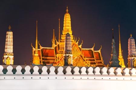 grand palace: Architecture of Wat Phra Kaeo Temple, bangkok, Thailand.  Stock Photo