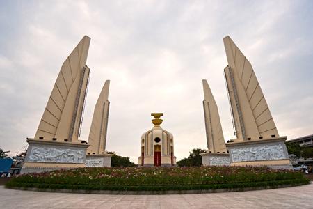 democracia: Monumento de la democracia en bangkok, Tailandia.
