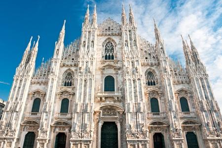 밀라노: 밀라노, 이탈리아의 비토리오 에마누엘레 갤러리와 두오모 스톡 사진