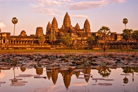 ganesh: Templo de Angkor Wat al atardecer, Siem reap, Camboya. Foto de archivo