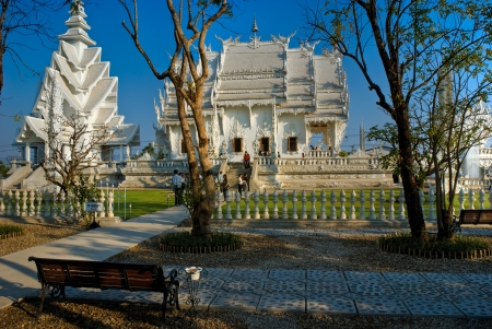White Temple in  Chiang Rai, Thailandia  Stock Photo - 17654022