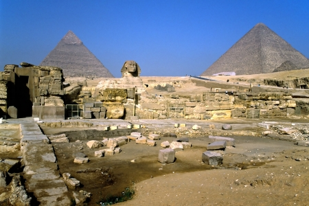 The Sphinx and the Pyramids, Giza, Egypt  Stock Photo - 17664008