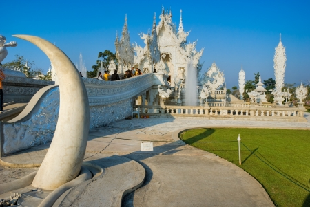 White Temple in Chiang Rai, Thailandia Stock Photo - 17670059
