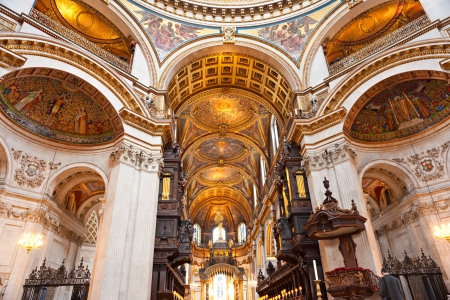 st pauls cathedral: Interior of the St paul