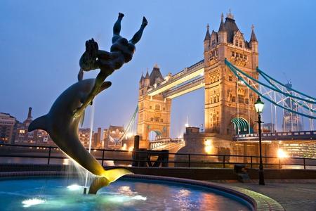 tower bridge: Tower Bridge, London, UK