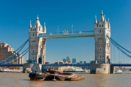 iconic: Tower Bridge, London, UK
