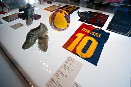 barcelone: BARCELONE - ESPAGNE 19 DÉCEMBRE: Le FC Barcelone musée inauguré le 24 Septembre musée 1984.The occupe 3.500 mètres carrés et attire 1,2 million de visiteurs par an, se classant au deuxième au musée Picasso, qui attire 1,3 million de visiteurs. Decembe