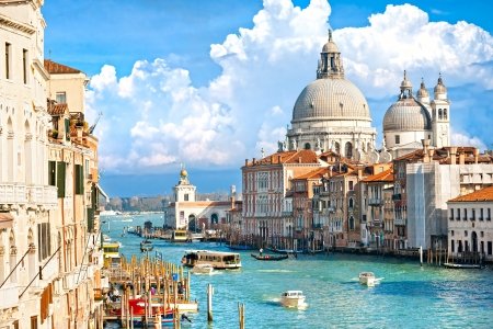 rialto bridge: Venice, view of grand canal and basilica of santa maria della salute  Italy  Stock Photo