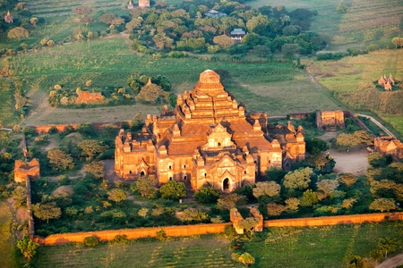 biggest: Dhammayangyi Temple, the biggest temple in Bagan, Myanmar. Stock Photo