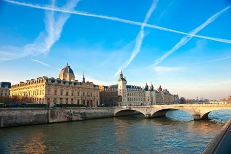 ile de la cite: Palais de Justice standing on the banks of river Seine on the Ile de la Cite, Paris - France
