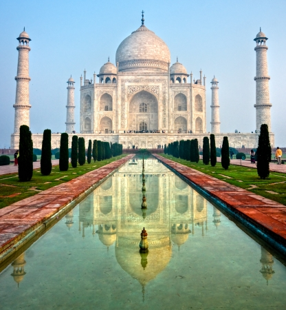 jehan: Taj Mahal at sunrise, Agra, Uttar Pradesh, India  Stock Photo
