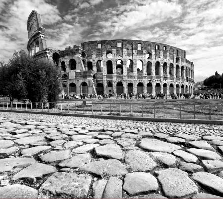rome italie: Le Majestic Coliseum amphith��tre, Rome, Italie Banque d'images