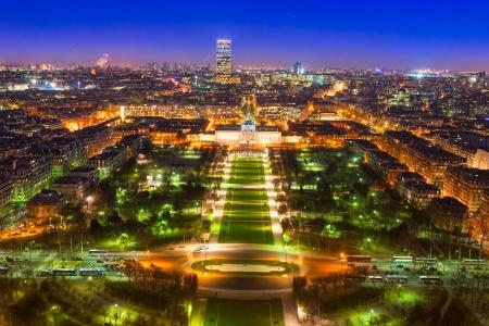 la tour eiffel: Aerial view of Paris at night, France