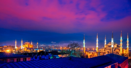 hagia: The Blue Mosque and hagya Sophia at night, Istanbul, Turkey