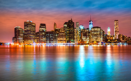 Manhattan skyline bij zonsopgang, New York City. VS.
