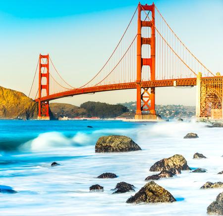 golden gate: Puente Golden Gate, San Francisco, California, EE.UU..