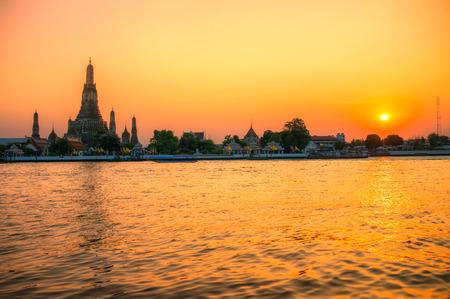 wat arun: Wat Arun, The Temple of Dawn,  Bangkok, Thailandia. Stock Photo