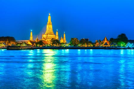 wat arun: Wat Arun, The Temple of Dawn in Bangkok, Thailand