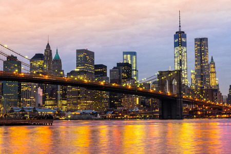 Manhattan skyline bij zonsopgang, New York City, Verenigde Staten. Stockfoto