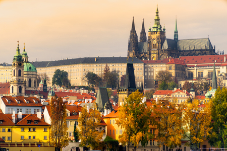 the Castle and St. Vitus Cathedral in Prague,  Czech Republic Banco de Imagens
