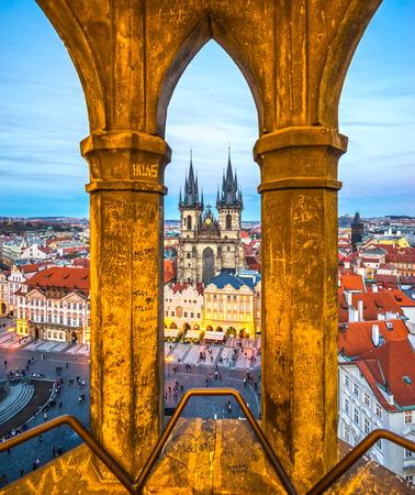Prague, Tyn Church and Old Town Square. Czech Republic 報道画像