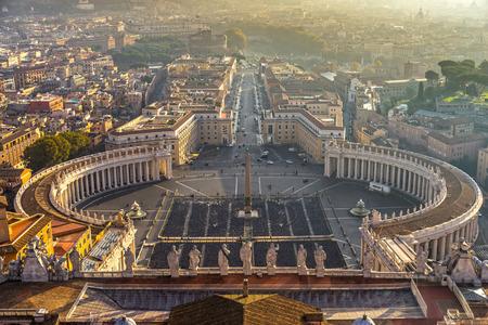 ローマ、聖天使城、聖ピーターと Vatican.Italy。