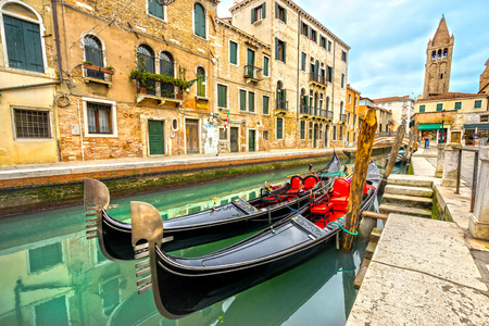 historic buildings: Canal and historic buildings in Venice, Italy Editorial
